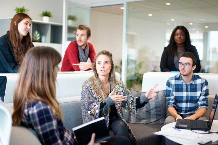 Cómo incorporar a un nuevo empleado a sus sistema de control de accesos